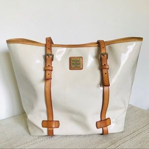 Dooney & Bourke White Patent Leather Tote bag